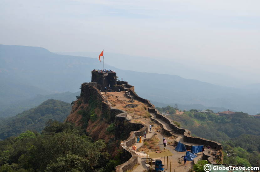 One of the popular places to visit in Mahabaleshwar and Panchgani is Pratapgad fort