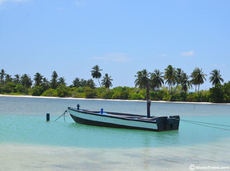 Maldives holidays. An Addu Atoll Travel Guide