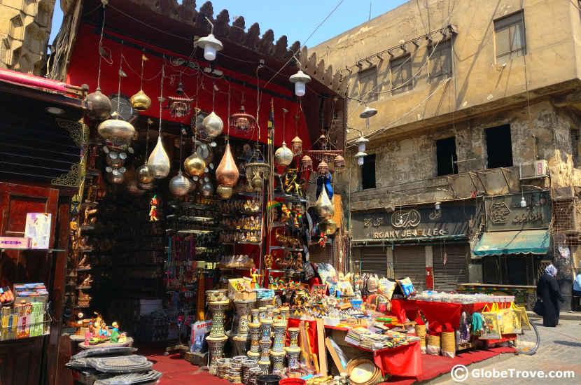 Trinkets at the Khan el-Khalili market