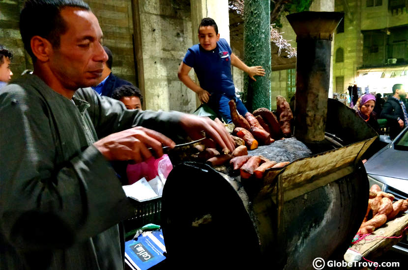 Street food in Khan el-Khalili market