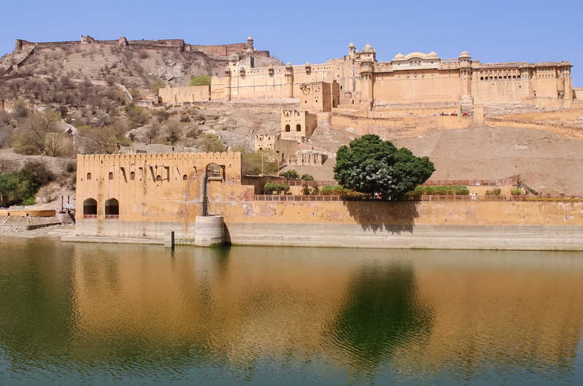Dana suggests adding Jaipur to the list of places to visit in India.