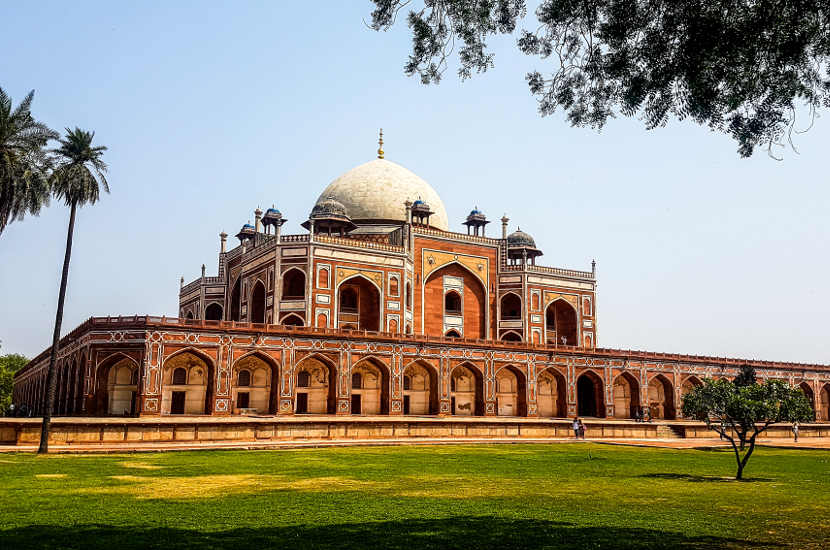 Looking for UNESCO heritage sites in India? You should consider visiting Humayon's Tomb.