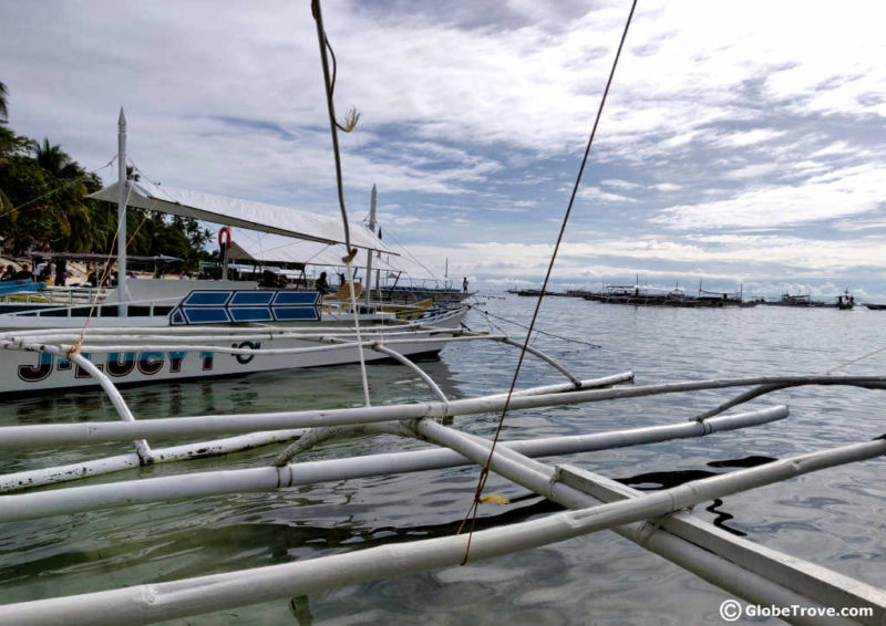 Island hopping tours from Alona beach