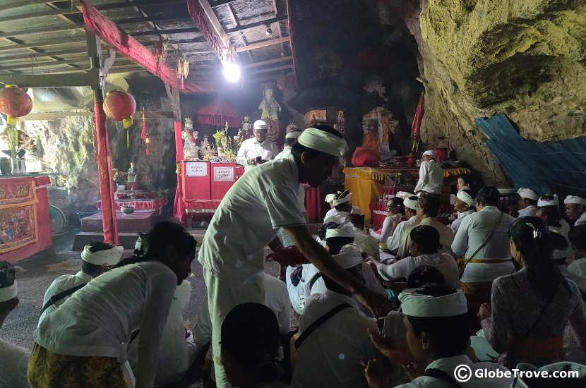 Prayers inside the Goa Giri Putri temple