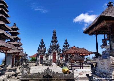 Pura Tunjuk Pusuh Temple